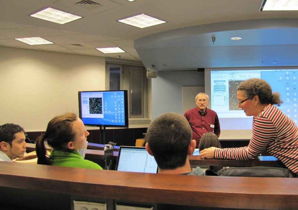 Suzanne Lenhart (right) and Loius Gross (center, back) lead a modeling workshop for the UTK student chapter of the Wildlife Disease Association at NIMBioS