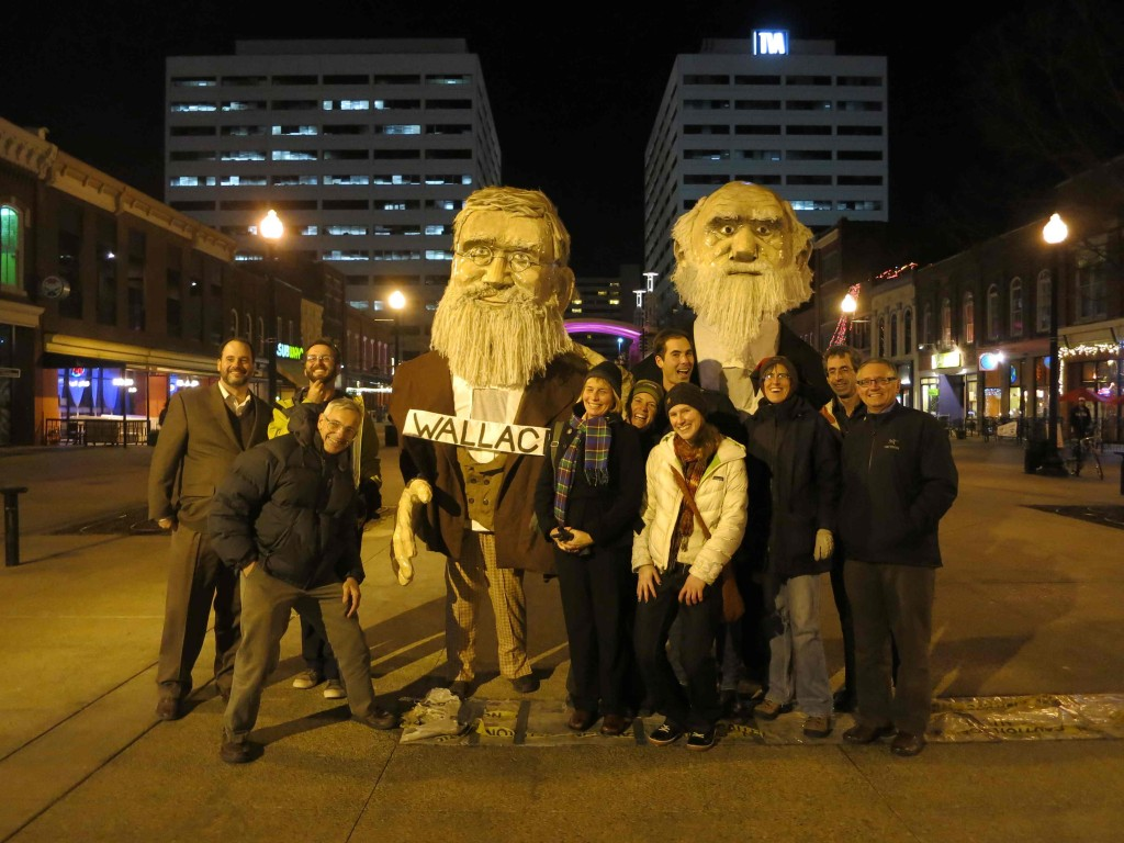 You never know who you might run into when visiting NIMBioS ... NIMBioS Working Group Biotic Interactions pose with Wallace and Darwin on Market Square in downtown Knoxville, TN. The group met for the first time last week.